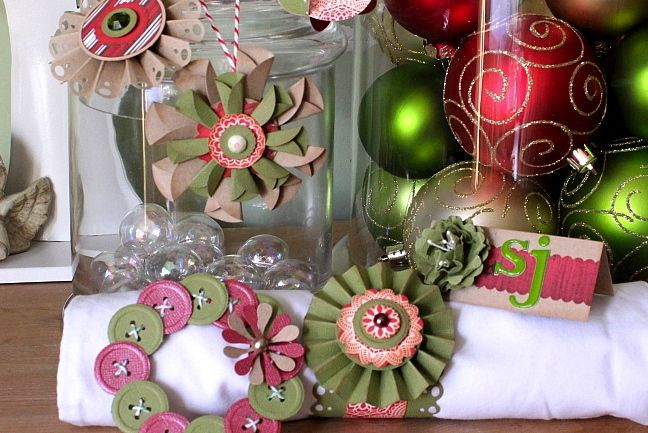 making christmas decorations with paper punches by sj dowsett @ shimelle.com