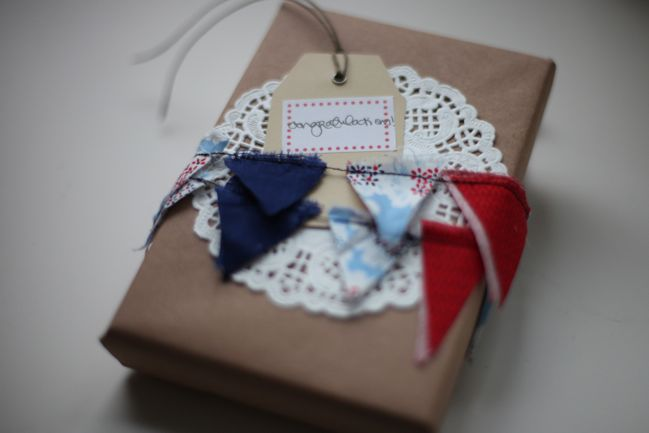 gift wrap with fabric bunting