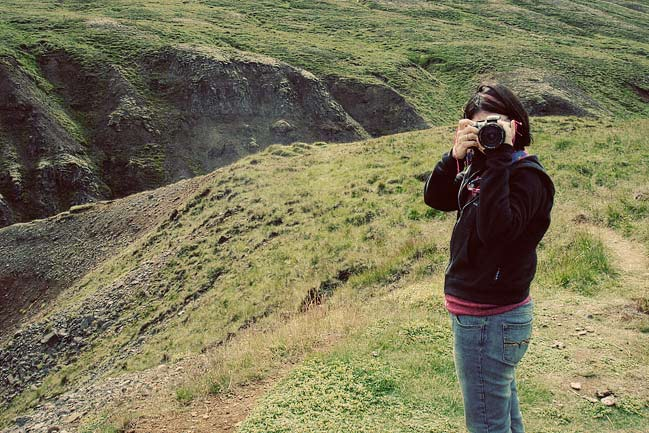 taking pictures in iceland