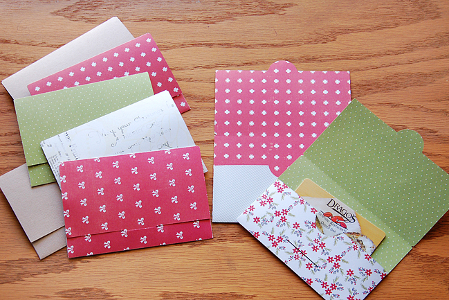creating christmas gift card wallets by madeline fox @ shimelle.com